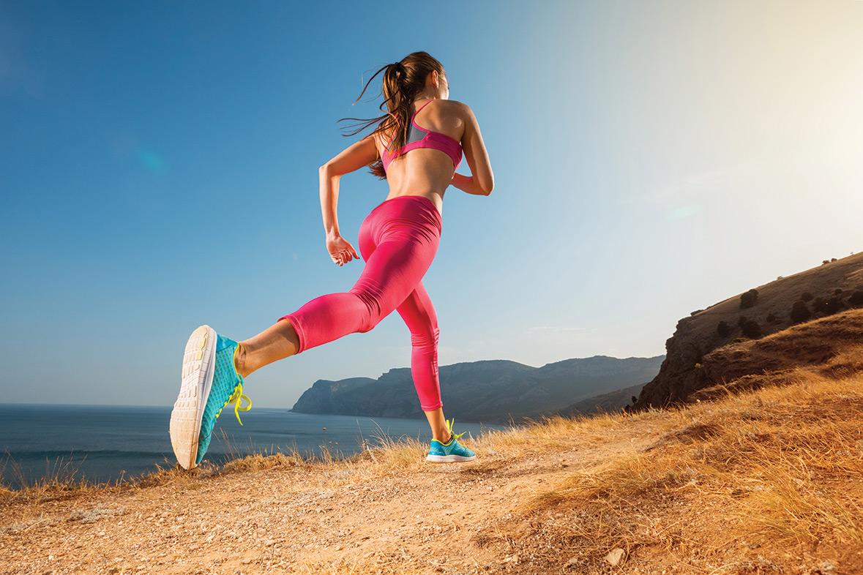 Marbella Rocks woman-running