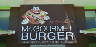 MR GOURMET BURGER RESTAURANT REVIEW